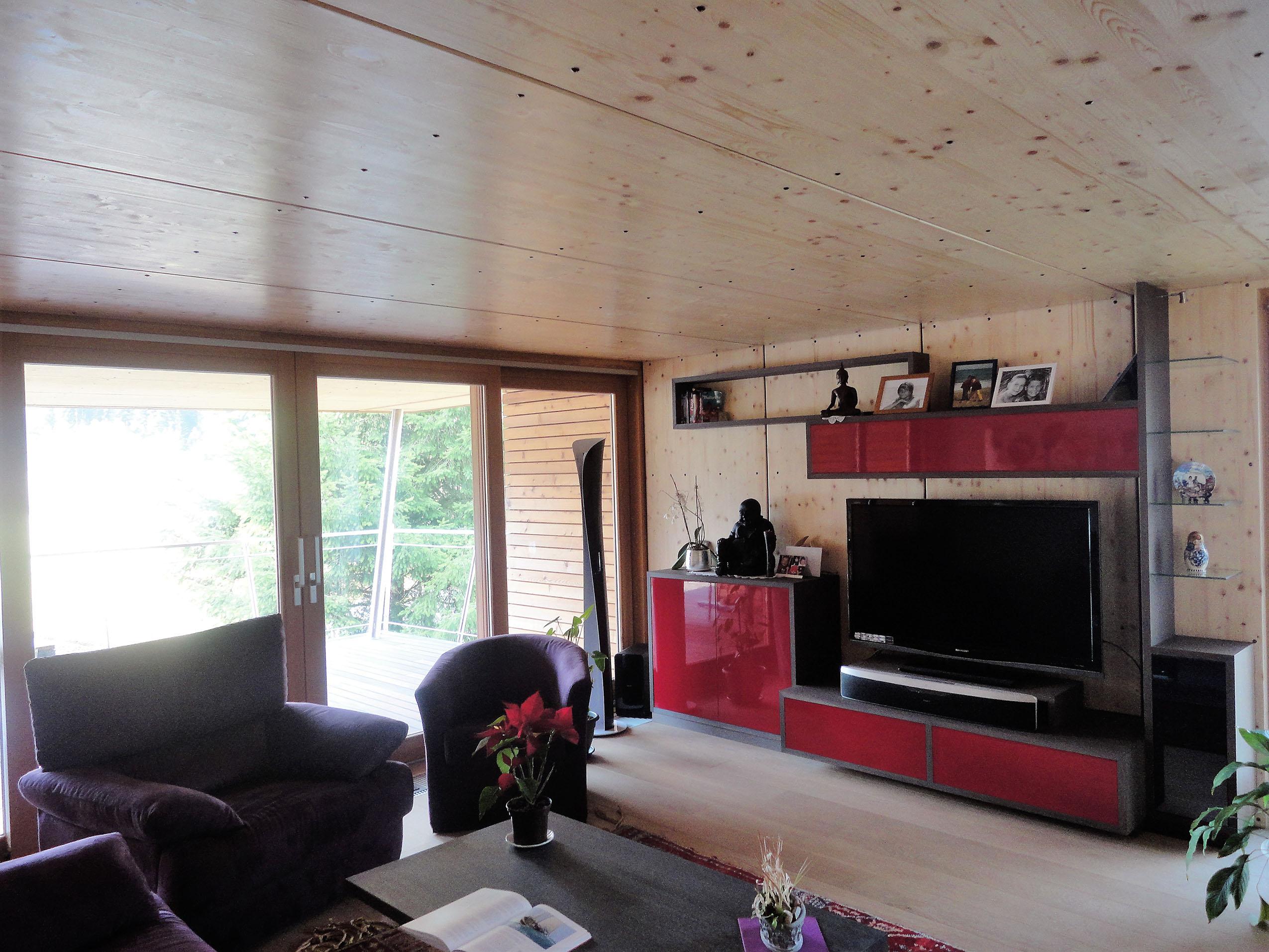 Extension bois et un espace salon s jour en plus for Agrandir maison bois