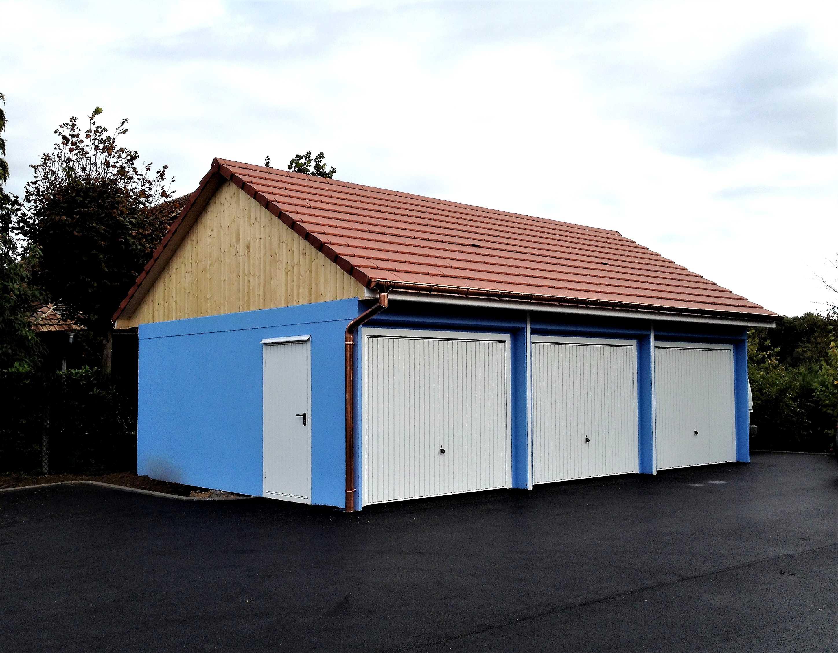 Charpente sur garages monoblocs à Riespach