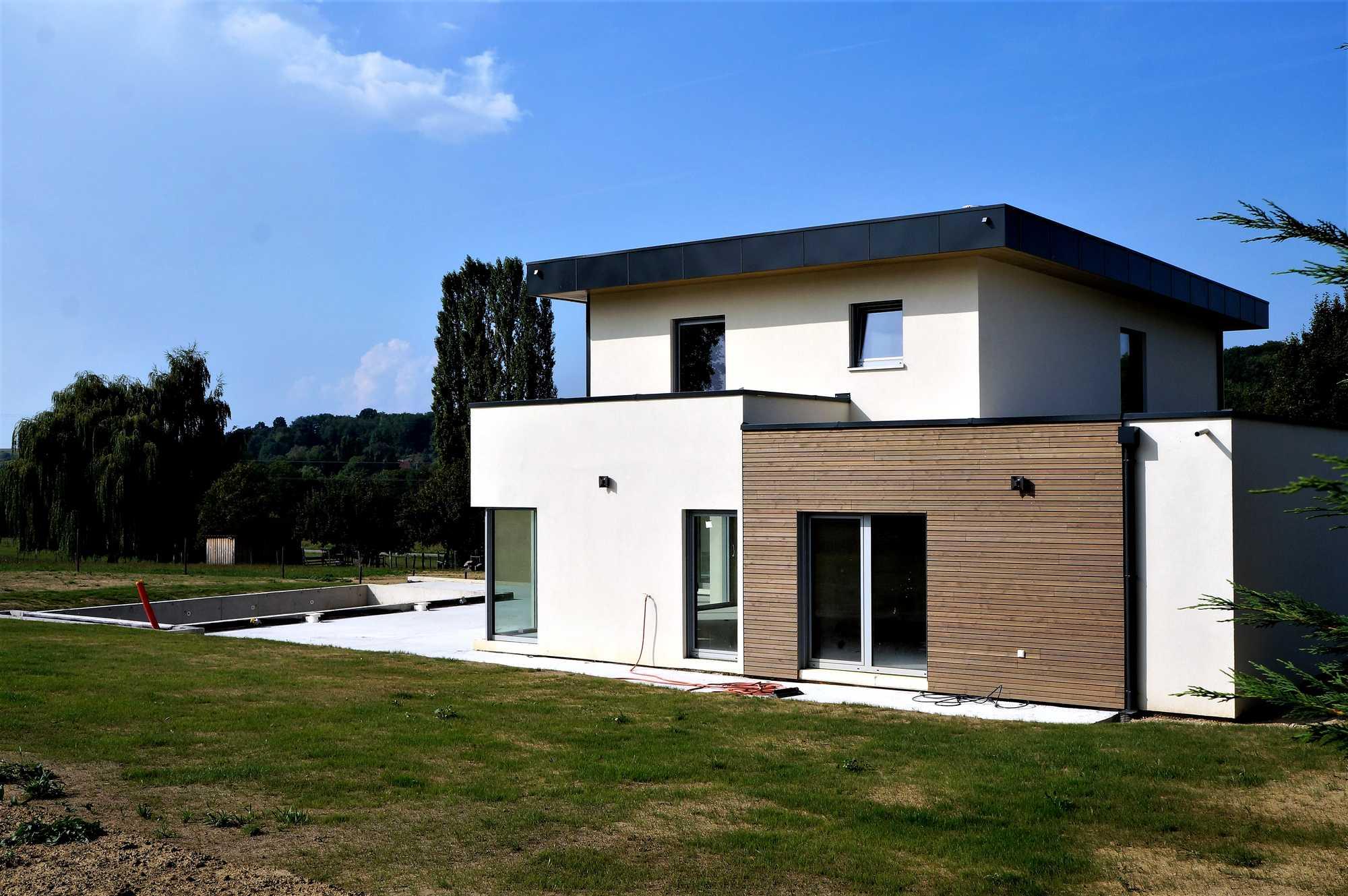 Construction d 39 une maison ossature bois avec box chevaux for Ossature bois alsace