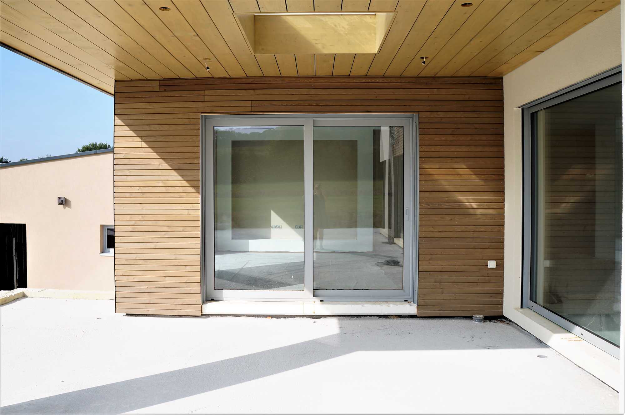 Construction d 39 une maison ossature bois avec box chevaux for Maison en bois alsace