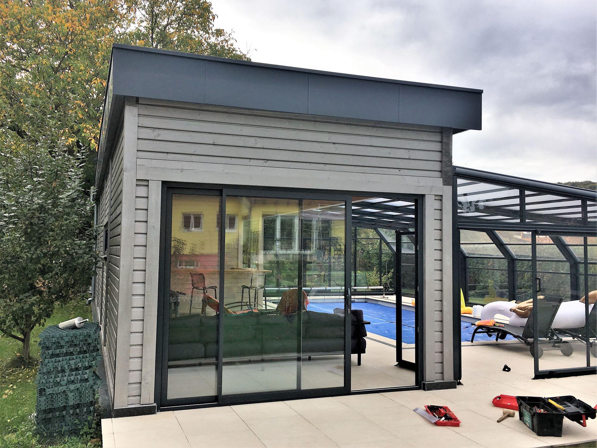 Abri de jardin piscine good la gamme brena bton aspect for Abri piscine quebec